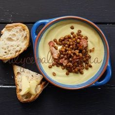 Recipe Cauliflower, Pancetta and Lentil Soup by alycealexandra, learn to make this recipe easily in your kitchen machine and discover other Thermomix recipes in Soups. Best Salad Recipes, Gf Recipes, Whole Food Recipes, Cooking Recipes, Bellini Recipe, Florida Food, Lentil Soup Recipes, Hot Soup