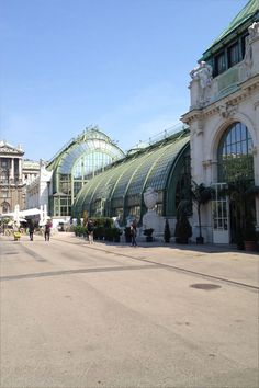 A day in Vienna – visiting Stephansdom – Burgtheater – Rathaus and Salzburg, Innsbruck, Monuments, Viking River, Hotels, Butterfly House, Heart Of Europe, Danube River, Austria Travel
