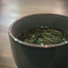 Green tea in Shanghai, China Green Tea Drinks, Vsco Grid, November 2015, Drinking Tea, Shanghai, How To Dry Basil, Herbs, China, Herb