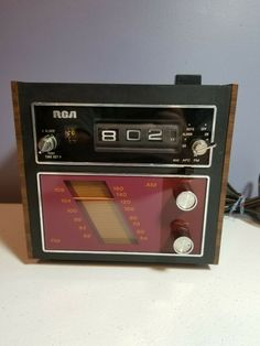 RARE VINTAGE 1970's RCA WALNUT GRAIN CLOCK RADIO RWS 458W CUBE FLIP #afflink Contains affiliate links. When you click on links to various merchants on this site and make a purchase this can result in this site earning a commission. Affiliate programs and affiliations include but are not limited to the eBay Partner Network. Radio Alarm Clock, Digital Alarm Clock, Fort Atkinson, Radio Usa, World Radio, Pocket Radio, Weather Radio, Transistor Radio, General Electric