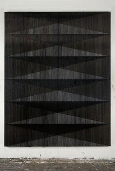 "Gregor Hildebrandt, ""Gift (Tocotronic)"" 2010 / Bandes magnétiques et peinture acrylique sur toile / Cassette tape and acrylic paint on canvas / 280 x 222 x 4 cm / 9.2 feet x 7.3 feet x 1 1/2 inches / Unique Courtesy Sommer Contemporary Art"