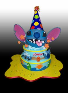 Emily would have a fit over this cake! She LOVES her some Stitch!