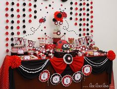 Lady bug baby shower ideas lady bug baby shower ideas l 1st Birthday Parties, Girl Birthday, Birthday Ideas, Red Party Decorations, Hanging Decorations, Table Decorations, Miraculous Ladybug Party, Ladybug 1st Birthdays, Baby Ladybug