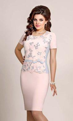 d2959f6c963a Платья для полных модниц белорусской компании Vittoria Queen