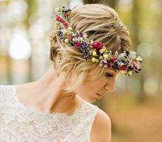 Short Blonde Wedding Hairstyles with Flowered Headband