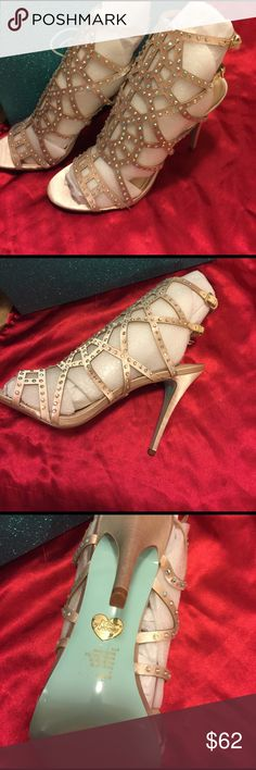 Blue by Betsey Johnson gorgeous heels Brand New Betsey Johnson Shoes Heels