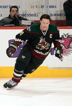 Shane Doan in the Arizona Coyotes Throwback Jersey. Photo by Norm Hall NHLI  via 52c44d9ee