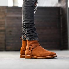 """8,290 Me gusta, 32 comentarios - MEN'S FASHION POST (@mensfashionpost) en Instagram: """"New Exclusive Releases @orolosangeles Shop New Arrivals @orolosangeles Congac Wes Harness Boots…"""""""