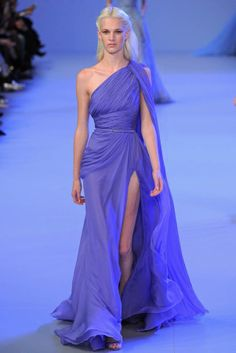 Paris Fashion Week 2014 high set. Watch Elie Saab spring show.