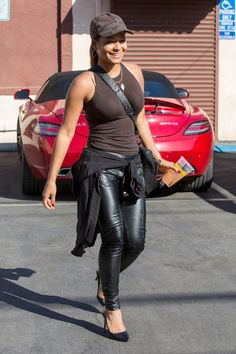Christina Milian in Tight Top & Leather Pants Pics