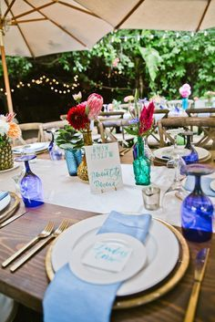Choose eye popping reception table place settings with colorful wine bottles, vibrant flowers and bright cloth napkins. Table Place Settings, Wedding Table Settings, Diy Wedding Inspiration, Wedding Ideas, Real Weddings, Outdoor Weddings, Perfect Wedding, Table Decorations, Centerpieces