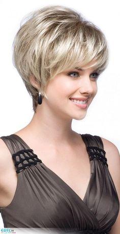 Modèle de coupe de cheveux courts pour femme
