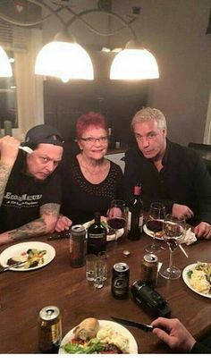 Listen to every Rammstein track @ Iomoio Till Lindemann, Heavy Metal, Classic Rock, Music, Butterflies, German, Bands, Track, Husband