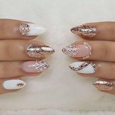 Popular Ideas of Christmas Nails Designs To Try in 2019 - Christmas Nail Art Designs Nail Art Rhinestones, Rhinestone Nails, Xmas Nails, Holiday Nails, Cute Nails, Pretty Nails, Nails Kylie Jenner, Christmas Nail Art Designs, Nagel Gel