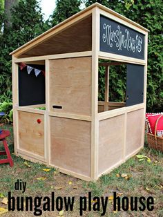 Indoor Playhouse Modern Bungalow | http://diygiftworld.com/indoor-playhouse-modern-bungalow/