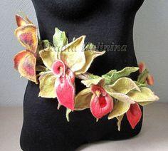 by Oxana Katinina Wool Felting, Nuno Felting, Needle Felting, Felt Crafts, Crafts To Make, Fabric Crafts, Felted Flowers, Wool Art, Flower Crafts