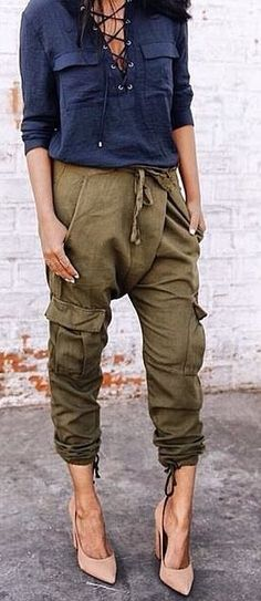 #trending #fall #outfitideas   Navy + Khaki