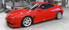 Classic Car News – Classic Car News Pics And Videos From Around The World Alfa Romeo Gtv6, Alfa Romeo Cars, Sports Car Brands, Sport Cars, Classic Sports Cars, Classic Cars, Alfa Gta, Gt V, Automobile