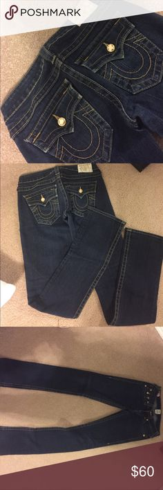TRUE RELIGION JEANS Gold jewel on the pocket, barely worn so cute and flattering! True Religion Jeans Boot Cut