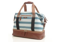 The Po Campo Midway Weekender has a spacious interior with lots of pockets and a separate shoe compartment, making it the ideal travel bag. Doubles as a gym bag. Travel Tote, Looks Style, Blue Bags, Mode Style, Blue Stripes, Purses And Bags, Diaper Bag, Shoe Bag, Womens Fashion