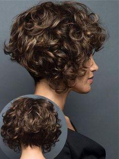 court - Baking Infinity - N ° 15 poil court Short Layered Curly Hair, Short Curly Haircuts, Short Hair With Layers, Curly Hair Cuts, Wavy Hair, Bob Hairstyles, Curly Hair Styles, Natural Hair Cuts, Haircut And Color