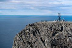 Einmal am Nordkap zu sein - ein Traum vieler Reisenden. Hier bekommt ihr die besten Tipps rund um die Fahrt mit dem Auto zum nördlichsten Punkt Europas!