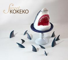 recipe: shark cupcake topper [29]