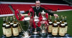 Liverpool manager Bob Paisley in Liverpool Legends, Liverpool Fans, Liverpool Football Club, Whisky, Cycling Quotes, Cycling Art, Liverpool Fc Managers, Bob Paisley, Training