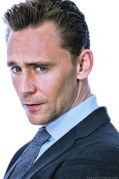 Tom Hiddleston. (Edit by larygo.tumblr: http://larygo.tumblr.com/post/146309651531/x )