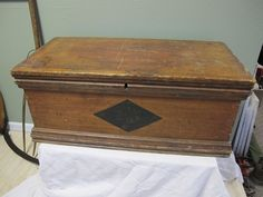 Antique Primitive Wood Old Paint Trunk Blanket Chest Storage Box Coffee Table #Americana