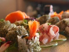 Offu Sushi Bar, Premià de Mar - Opiniones, Número de Teléfono & Fotos - TripAdvisor Sushi, Barcelona Restaurants, Bean Stew, Ratatouille, Lamb, Onion, Seafood, Spicy, Diet