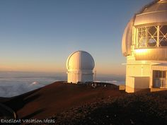 - - Watching the sunset at the top of Mauna Kea Hawaii with the Observatories, then watching the stars after dark After Dark, Vacation Ideas, Places To Travel, Hawaii, Explore, Sunset, Stars, Top, Places