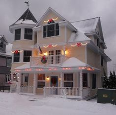 Cottage Inn Bed & Breakfast - Mackinac Island - Christmas - We spent our 12th anniversary here <3