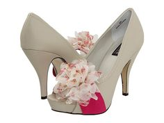 So cute! DOLCE by Mojo Moxy Posey White - 6pm.com On Sale for $35.99 (originally $65)!