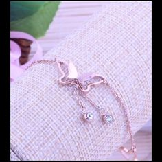Chain Butterfly Charm Anklet Bracelet Barefoot Sandal Beach Foot Chain Butterfly Charm Anklet Bracelet.Super cute and fun.  Quantity: 1 Bracelet Material: Alloy Color: Gold Condition: 100% brand new. Size:26+5cm Material:Allot+Crystal Conversion: 1 mm = 0.0394 inch, 1 inch=25.4mm Jewelry