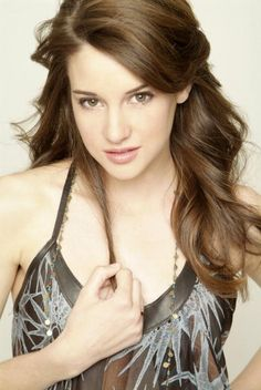 Shailene Woodley - The Descendants &  The Secret Life of the American Teenager