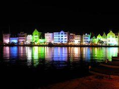 Bon Bini Curaçao in Ninefoot colours.