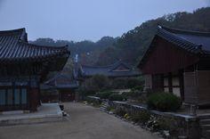 Dawn of SongGwangSa, temple, South Korea 송광사의 새벽