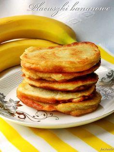 Placuszki bananowe - http://www.mytaste.pl/r/placuszki-bananowe-4183008.html