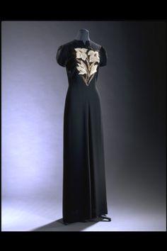 Evening DressElsa Schiaparelli, 1940The Victoria & Albert Museum