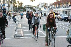 Nos próximos anos, o número de ciclistas em Londres, na Inglaterra, poderá ser maior do que o de carros. Essa é a conclusão de um relatório do Transport for London (TfL), que analisou o aumento de bicicletas como meio de transporte de 1990 a 2014.