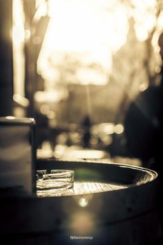 Los Domingos eran días de tradiciones, la ropa de los Domingos, la Paga, el Aperitivo y la Paella. ¿Qué tradición mantenéis vosotr@s? El Aperitivo by © Félix Moreno Palomero #19 of #365Photos
