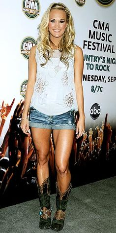 ok, still not a fan of jean shorts and boots, but DAMN those legs!! (gym motivation!)