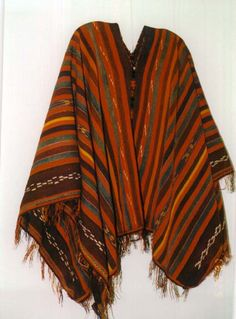 Personal Poncho / Textile Shopping in Peru - Your Dream Poncho / Cape / Cloak. $20.00, via Etsy.
