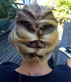 Find your dream DIY wedding hair with How-to Hair Girl | Offbeat Bride