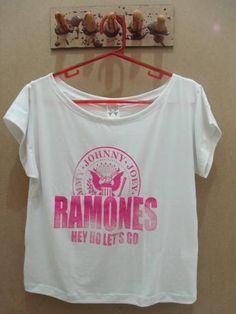 Busa Gola Canoa Ramones Cor: Branca Tamanho: único R$ 45,00  www.elo7.com.br/dixiearte