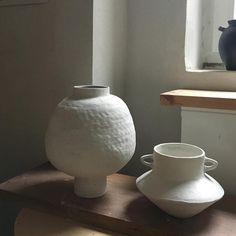 "609 Likes, 11 Comments - Studio MC (@_jessica_coates_) on Instagram: ""#studiomc #jessicacoates #michelmüller #ceramics #ceramicart #stonewarevessels #whiteengobe…"""