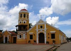 Historic Centre of Santa Cruz de Mompox, Colombia Colombia Travel, World Heritage Sites, Where To Go, South America, Colonial, River, Mansions, House Styles, Building