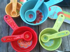 My very lovely expensive present i got from my boyfriend!! Love these  measuring cups So cute and colorful!!