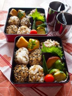 Rice Ball Bento Japanese Bento Lunch Box, Japanese Food, Cute Food, Yummy Food, Bento Recipes, Creative Food, Asian Recipes, Food Inspiration, Food Porn